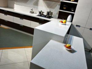 кухня Амелия кремовая линия 3