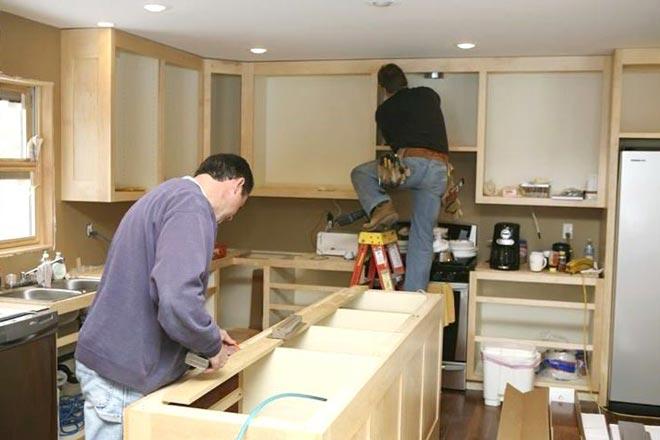 Гарантийный и постгарантийный ремонт кухонной мебели
